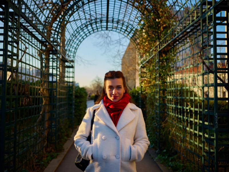 Nour Ezzedeen in Paris, La Coulée Verte, 2019. Photographer: Lorenzo Razzino